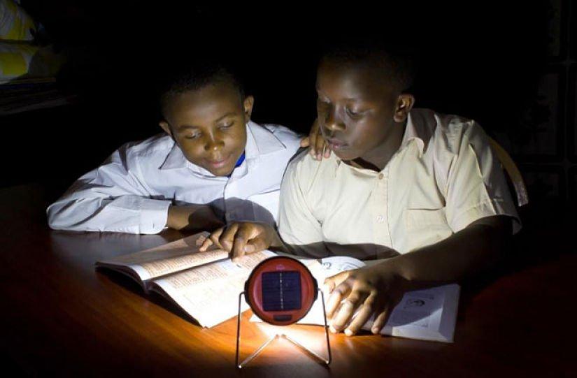 solar powered light dlight